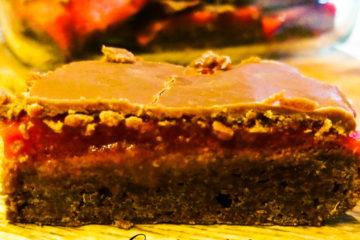 brownie truskawkowe